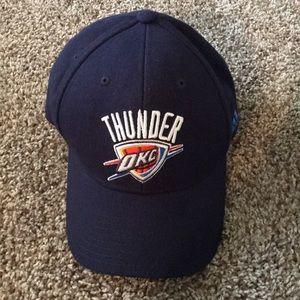 Adidas OKC Thunder adjustable Hat